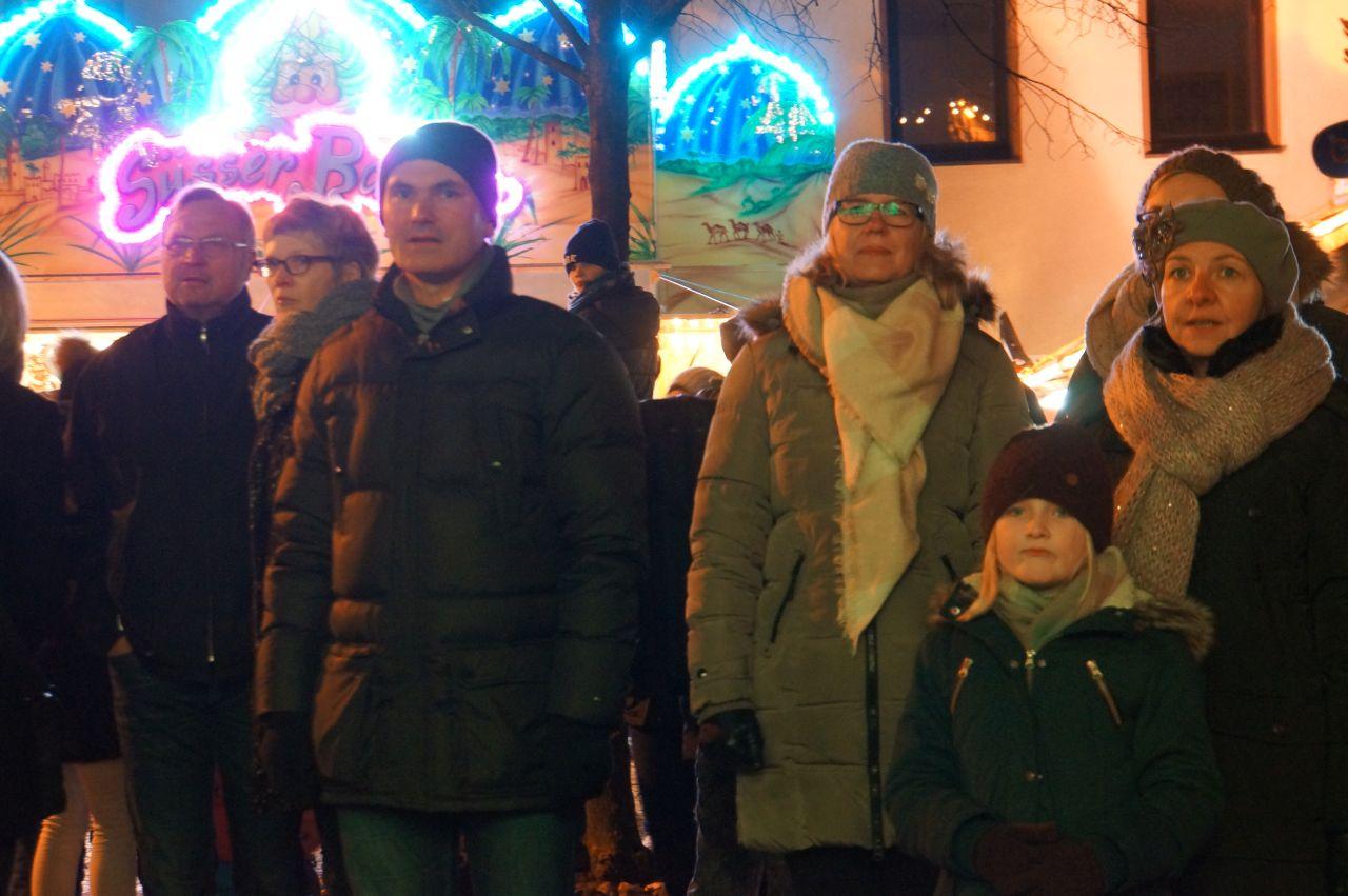 1611_weihnachtsmarkt_002.jpg